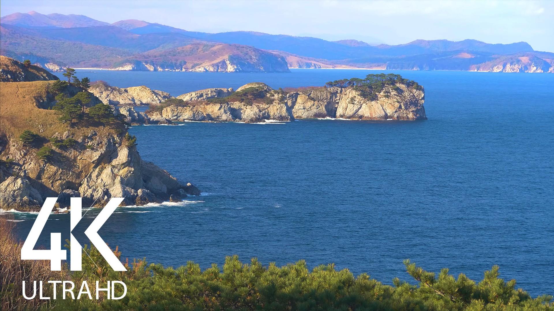 Emerald waters of gamova bay
